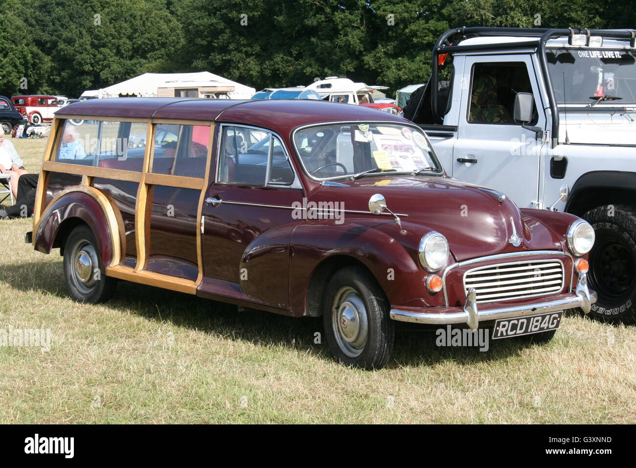 A CUSTOMISED LENGTHENED MORRIS MINOR TRAVELLER VINTAGE CLASSIC CAR - Stock Image