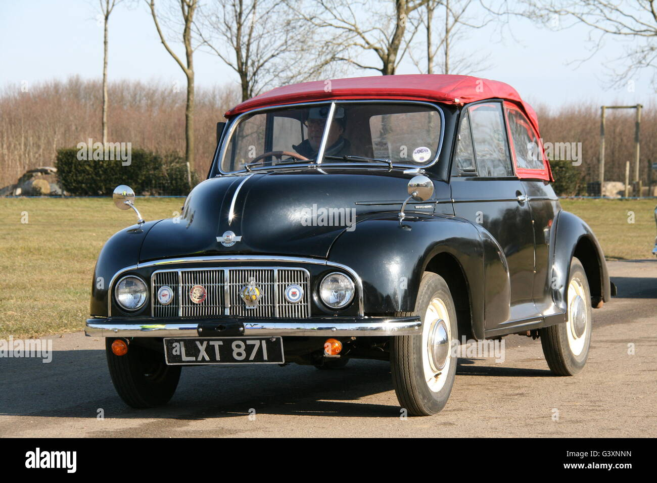 MORRIS MINOR MM LOWLIGHT CONVERTABLE CAR - Stock Image