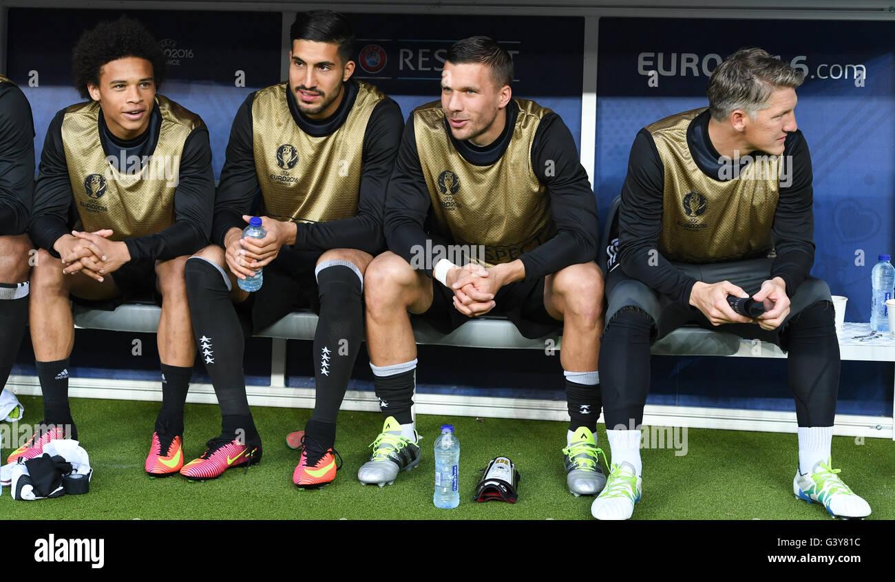St. Denis, France. 16th June, 2016. Leroy Sane, Emre Can, Lukas Podolski and Bastian Schweinsteiger of Germany sit - Stock Image