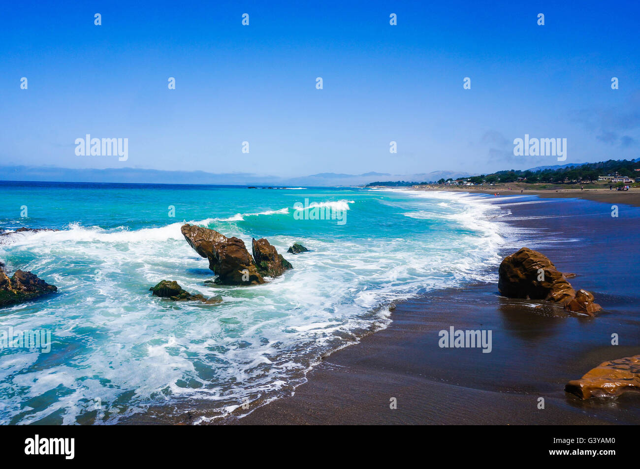 The waves along the Big Sur of PCH, California, USA. - Stock Image