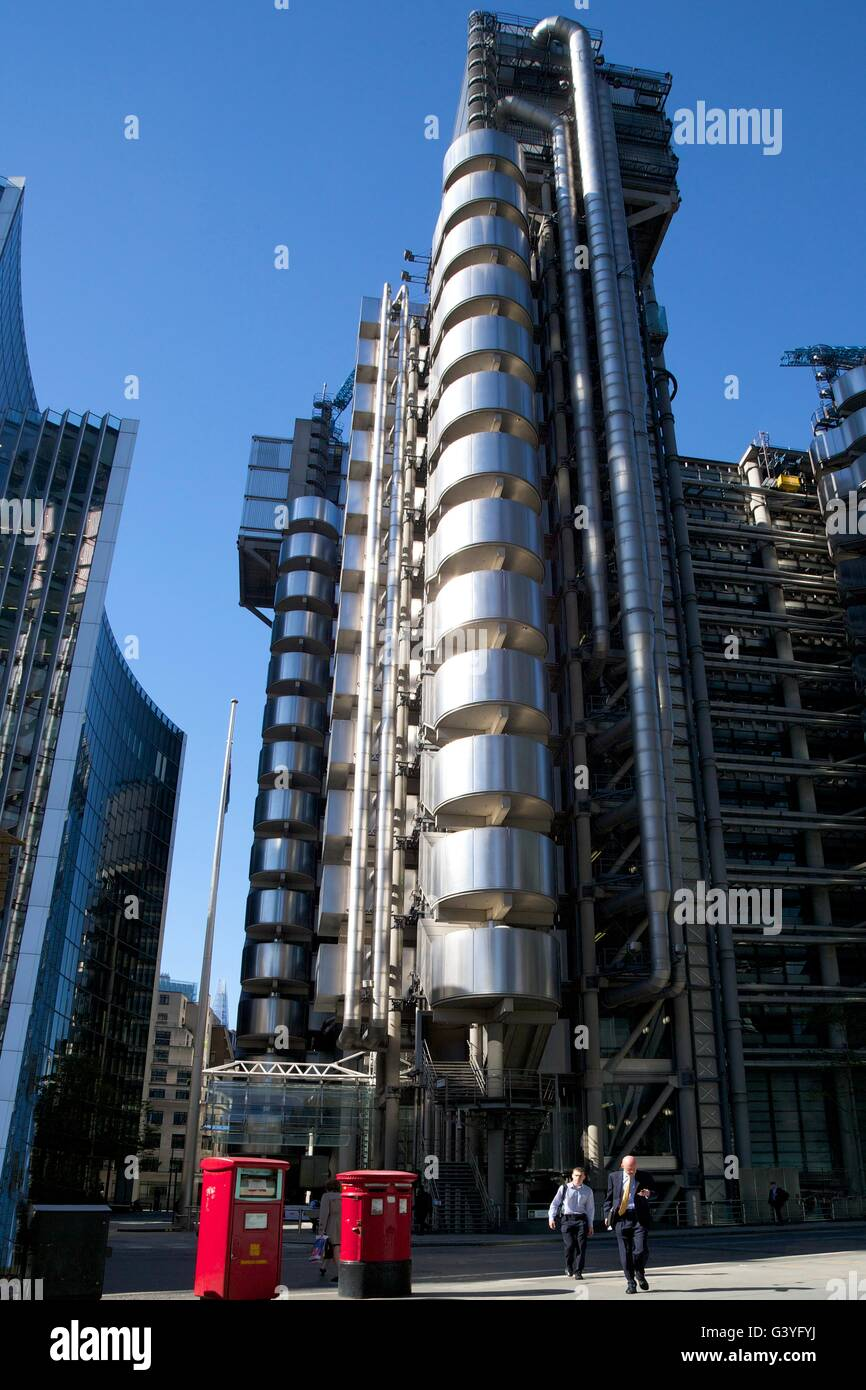 Lloyd's and Willis buildings, financial district, City of London, England, UK, GB, Europe - Stock Image