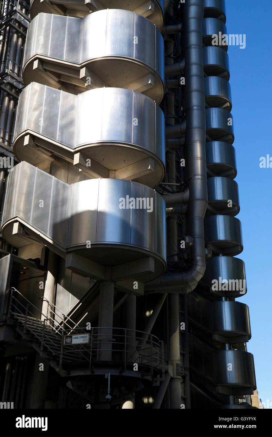 Lloyd's of London building, designed by Richard Rogers, financial district, City of London, England, UK, GB, - Stock Image
