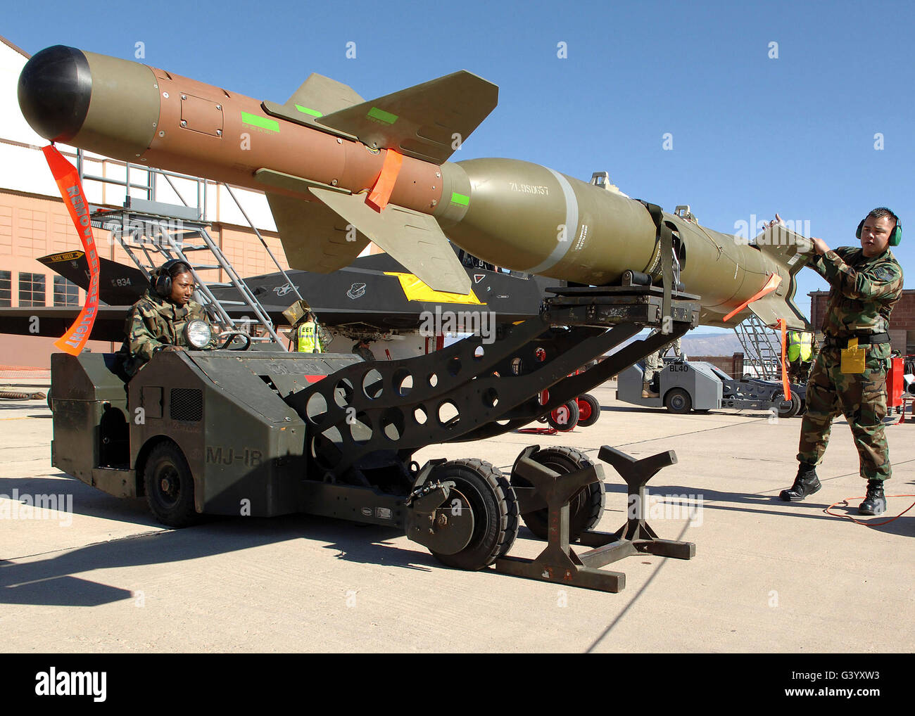 Airmen Move The Gbu 27 From Its Stand Stock Photo Alamy
