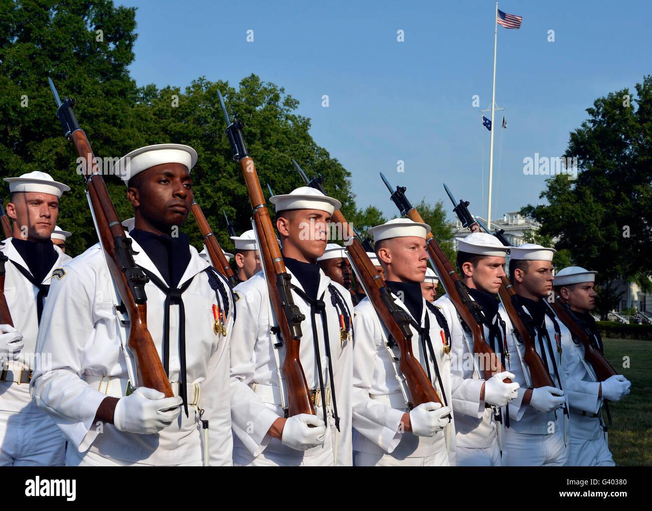Us Navy Ceremonial Guard Stock Photos Us Navy Ceremonial Guard - Us-navy-ceremonial-guard