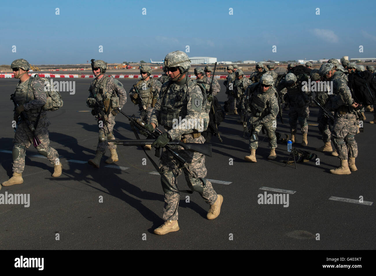 U.S. Soldiers and East Africa Response Force Soldiers at Camp Lemonnier. - Stock Image