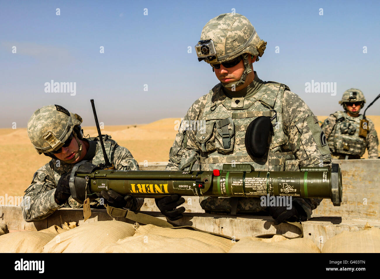 U.S. Army National Guardsmen conduct a live fire of the AT-4 anti-tank weapon. - Stock Image