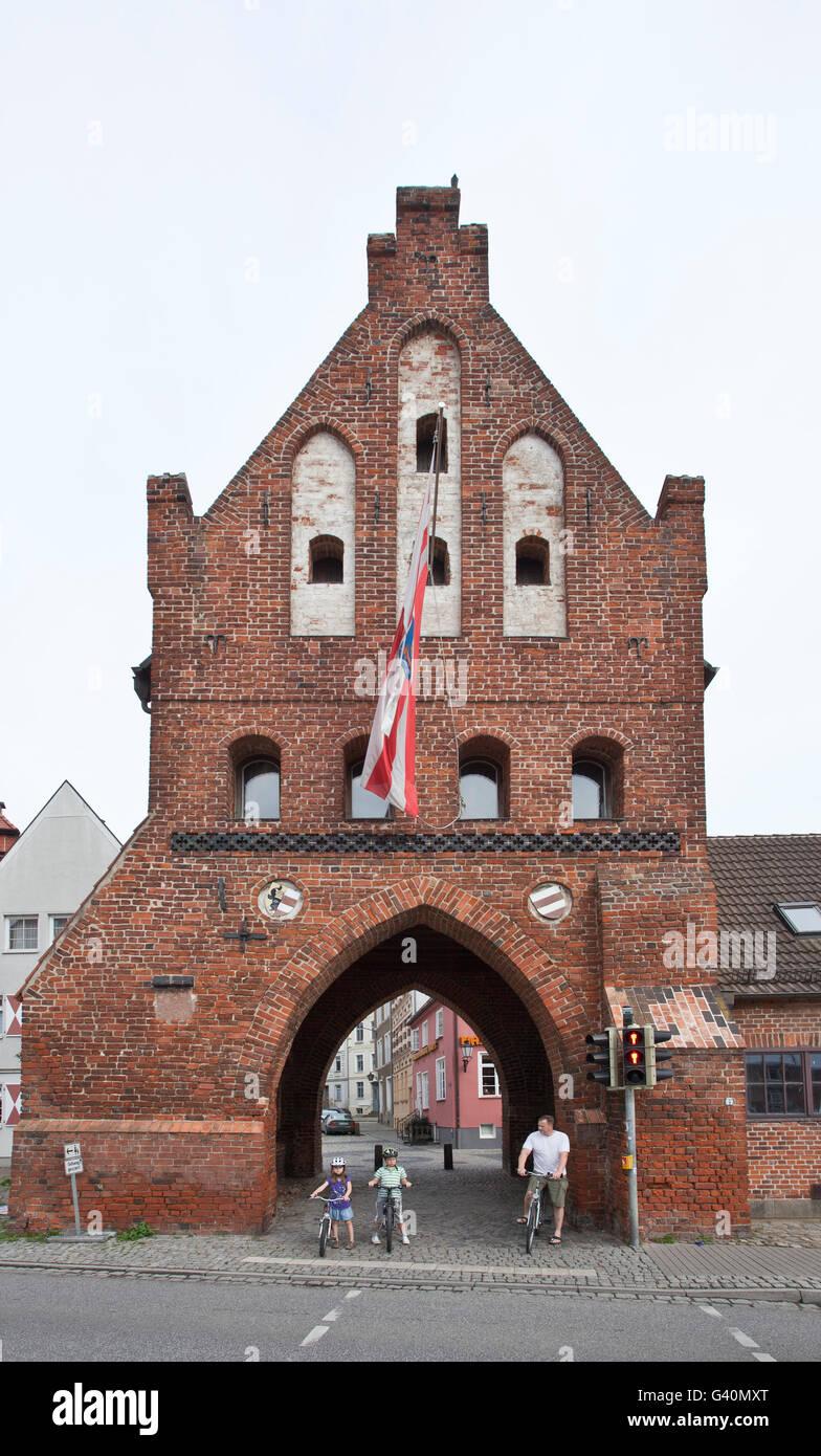 Wassertor gate, old port, Wismar, Mecklenburg-Western Pomerania - Stock Image