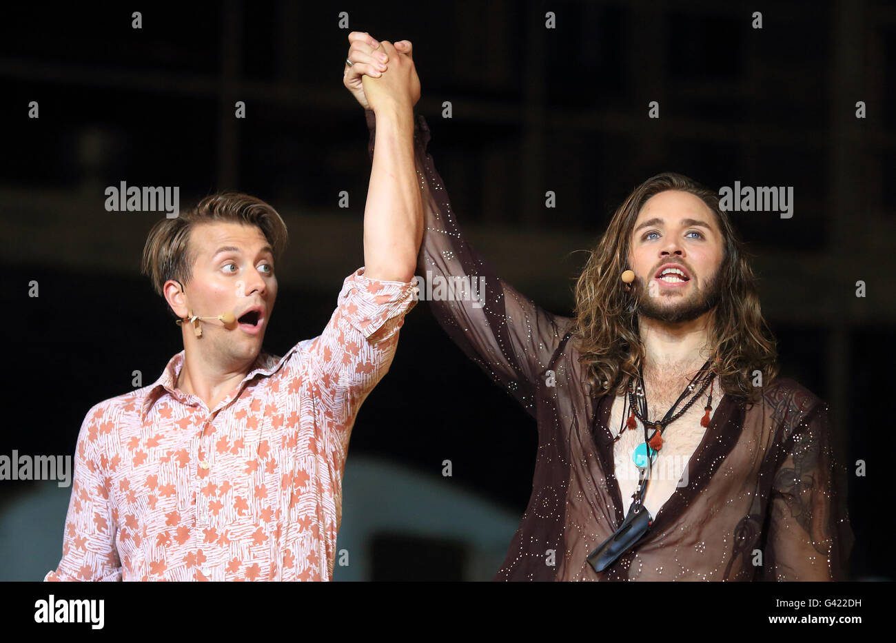 Magdeburg, Germany. 16th June, 2016. Musical artists Jan Rekeszus (l) in the role of Claude and Gil Ofarim as Berger - Stock Image