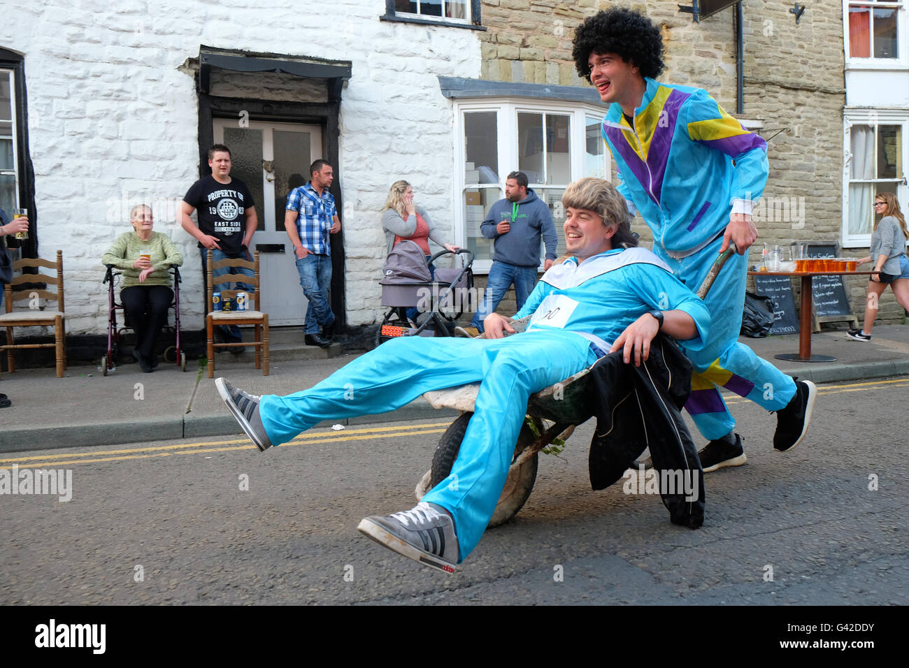 Kington, Herefordshire, UK - Saturday 18th June 2016 - Team shell suit take part in the 40th running of the annual - Stock Image