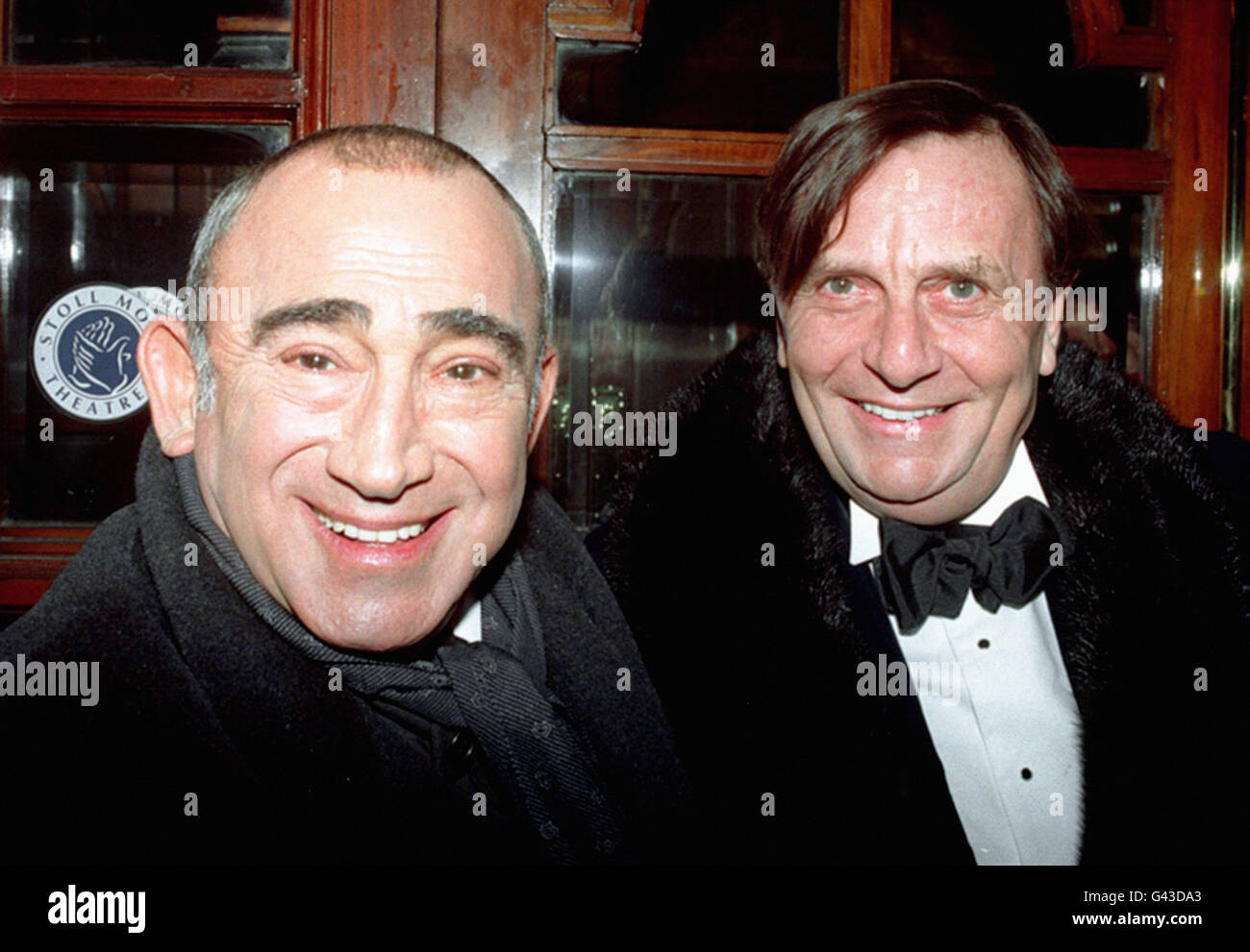 LIONEL BART & BARRY HUMPHRIES - Stock Image