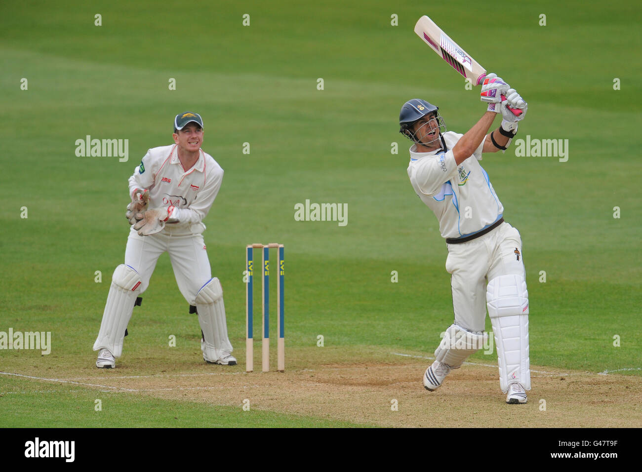 Cricket - Liverpool Victoria County Championship - Division Two - Day Two - Derbyshire v Leicestershire - County - Stock Image