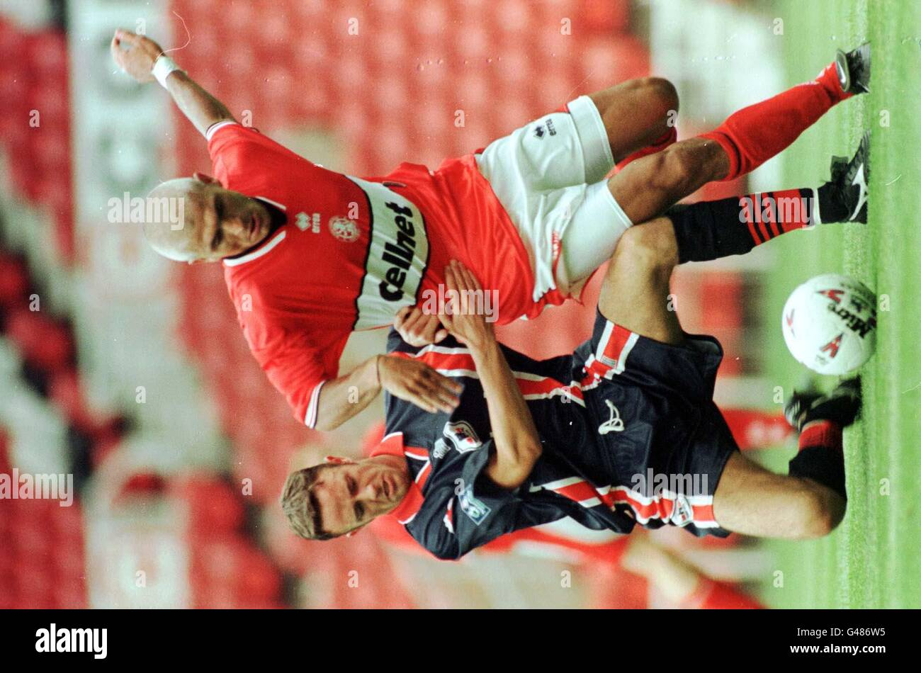 Middlesbrough's Fabrizio Ravanelli gets a taste of whats to come in Division 1as he tangles with yorks Martin Reed Stock Photo