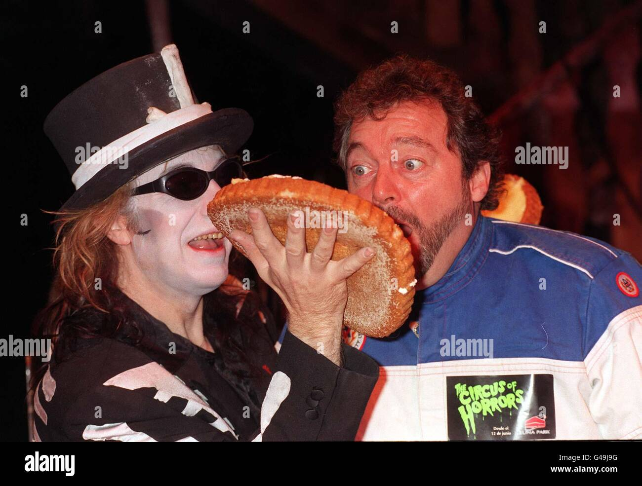 BEADLE/pie in face - Stock Image