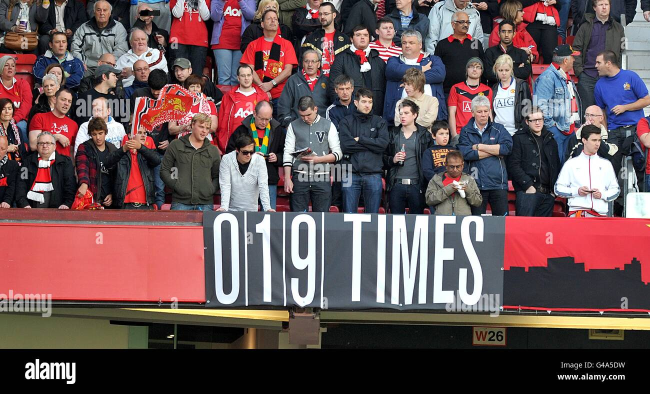 Soccer - Barclays Premier League - Manchester United v Blackpool - Old Trafford - Stock Image