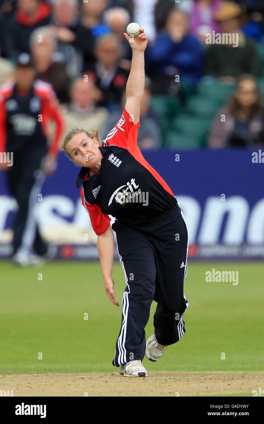 Cricket - Natwest Women's Quadrangular Twenty20 - England v Australia - County Ground - Stock Image