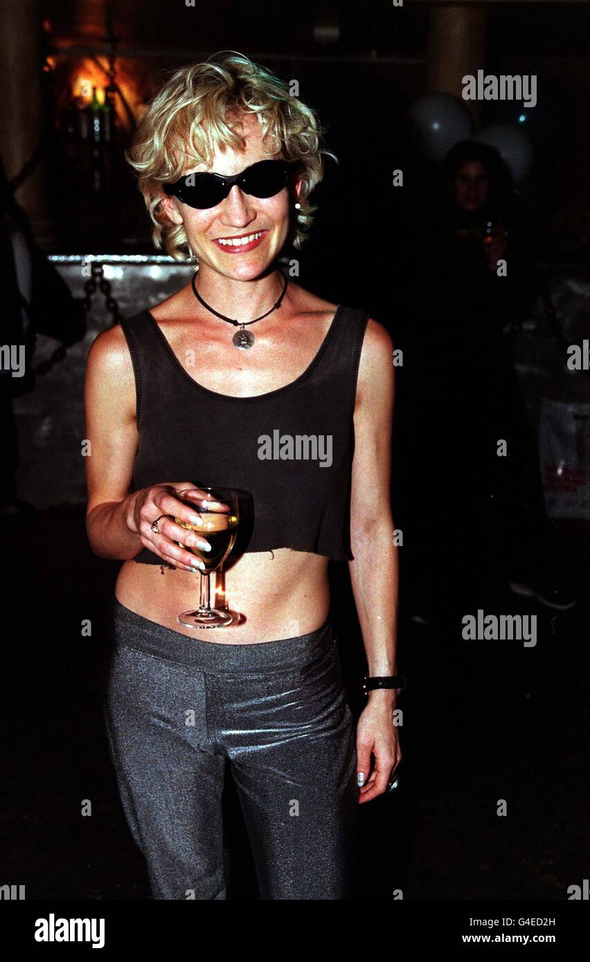 PA NEWS 31/7/98 'HOME AND AWAY' ACTRESS NICOLA QUILTER AT THE LAUNCH