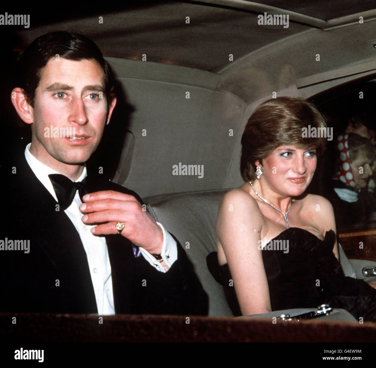 PRINCE CHARLES LADY DIANA 1ST ENGAGEMENT