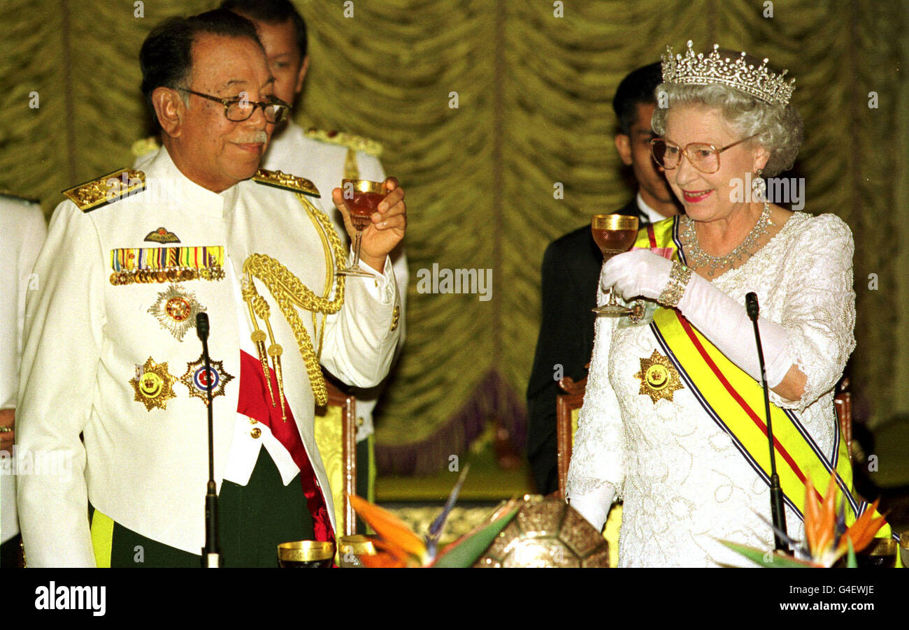 Royalty - Queen Elizabeth II State Visit to Malaysia - Stock Image