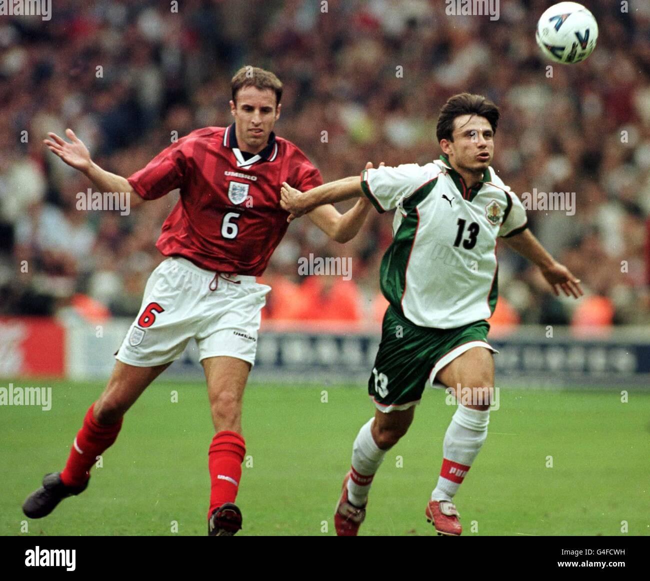 Soccer/Eng v Bul 10 - Stock Image
