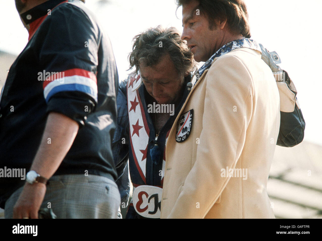 1977 Viva Knievel Doing Daredevil Stunt Evel Harley: Evel Knievel Stock Photos & Evel Knievel Stock Images
