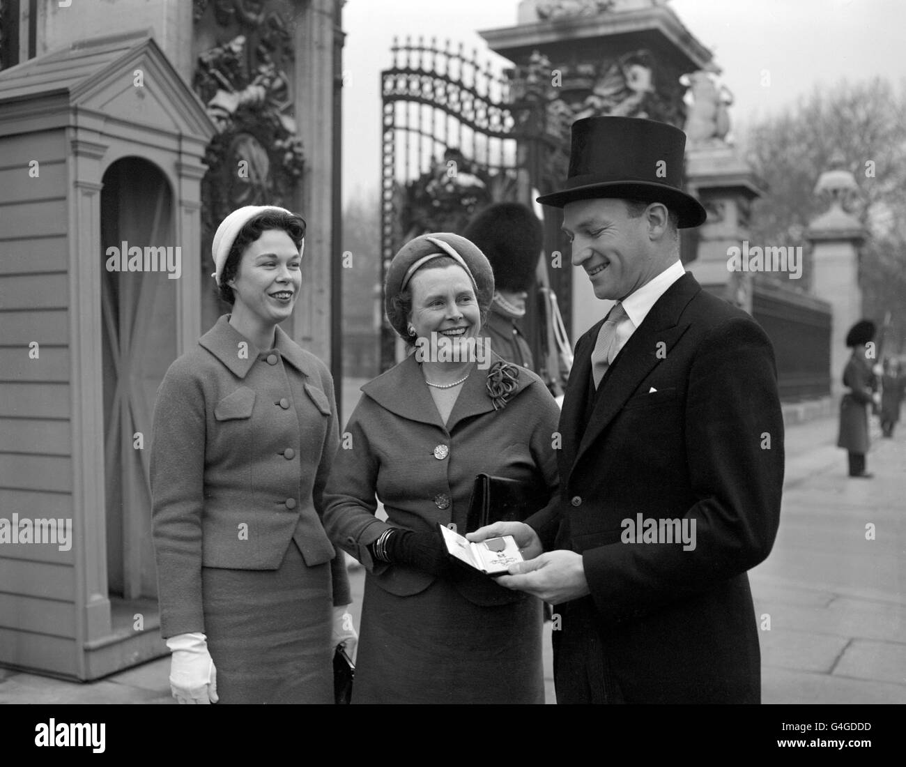 Investitures and Awards - Peter Twiss - Buckingham Palace, London - Stock Image