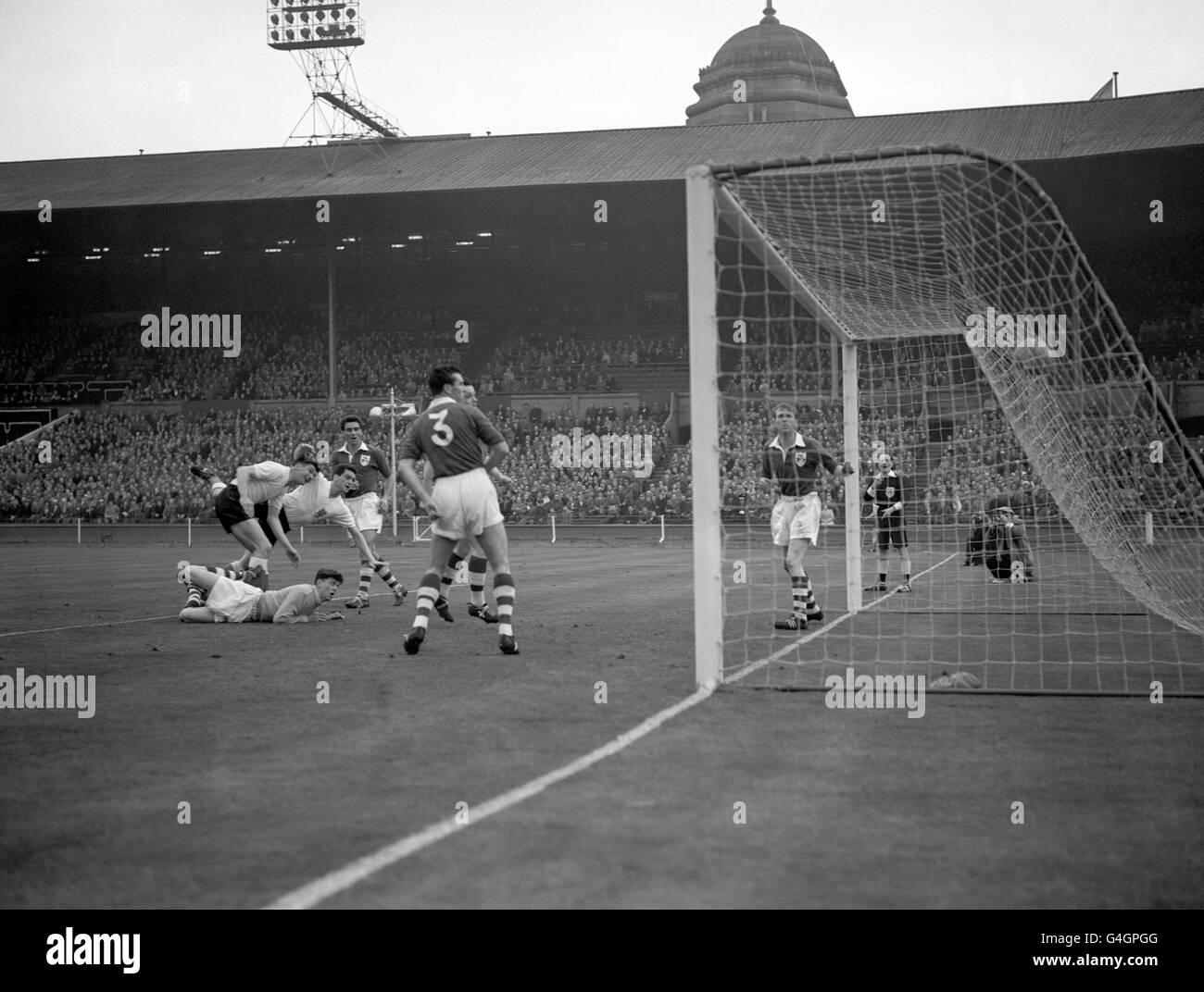 Soccer - World Cup Qualifier - Group One - England v Ireland - Wembley Stadium - Stock Image