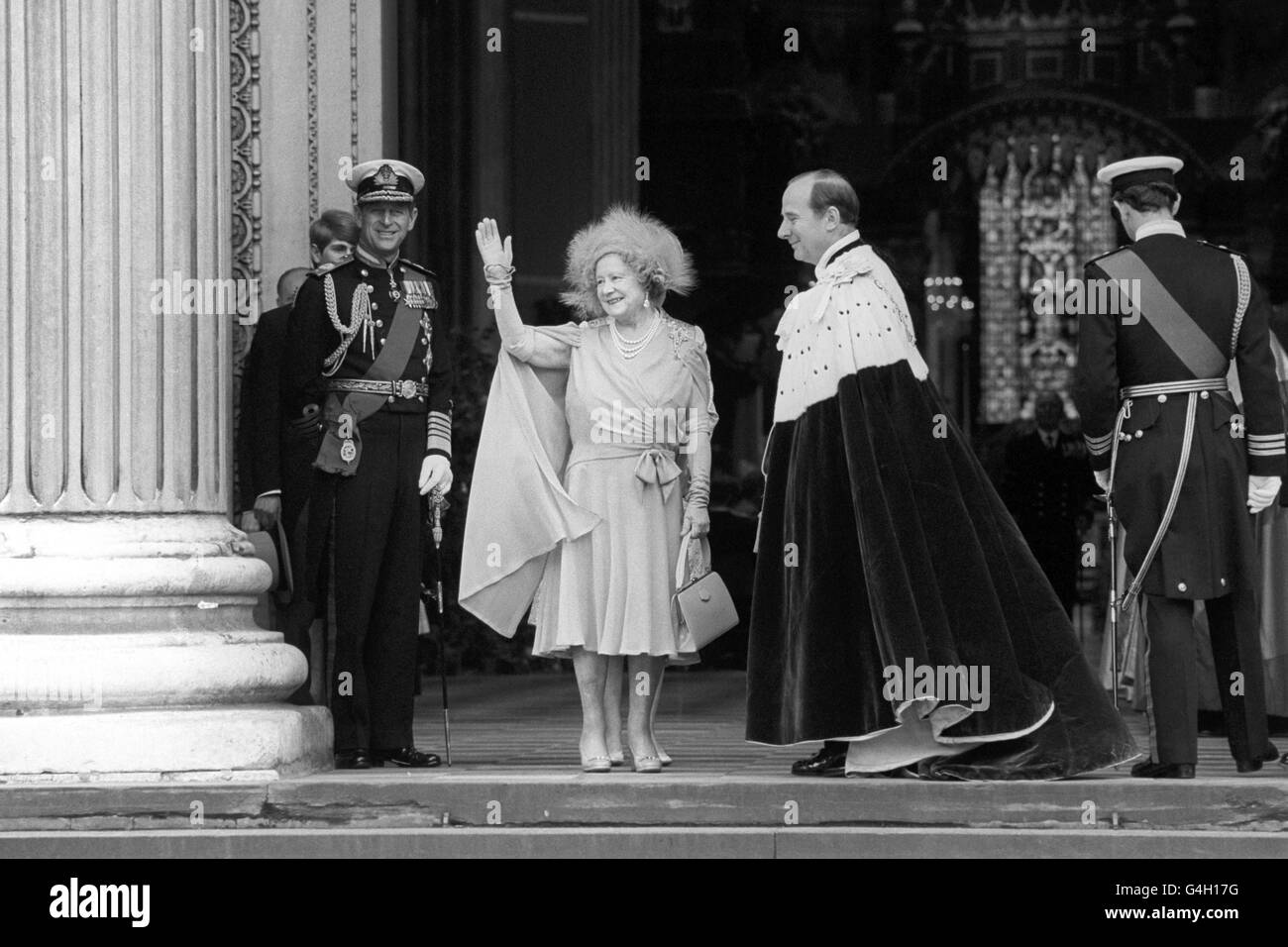 Royalty - Queen Mother's 80th Birthday Celebrations - St Paul's Cathedral, London - Stock Image