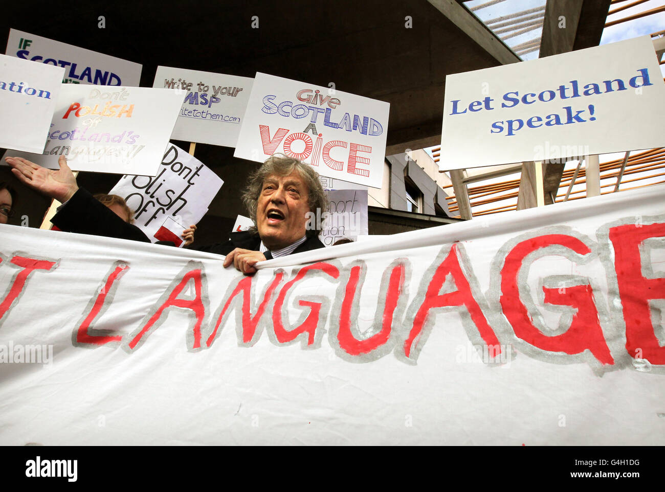 Stoppard helps languages petition - Stock Image