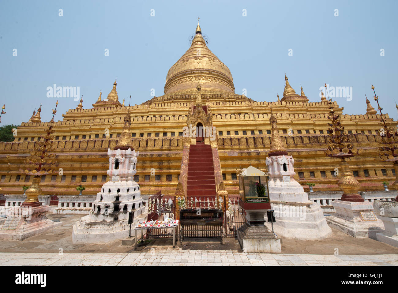 Shwezigon Pagoda, Nyanung-U, Mandalay Region, Myanmar Stock Photo