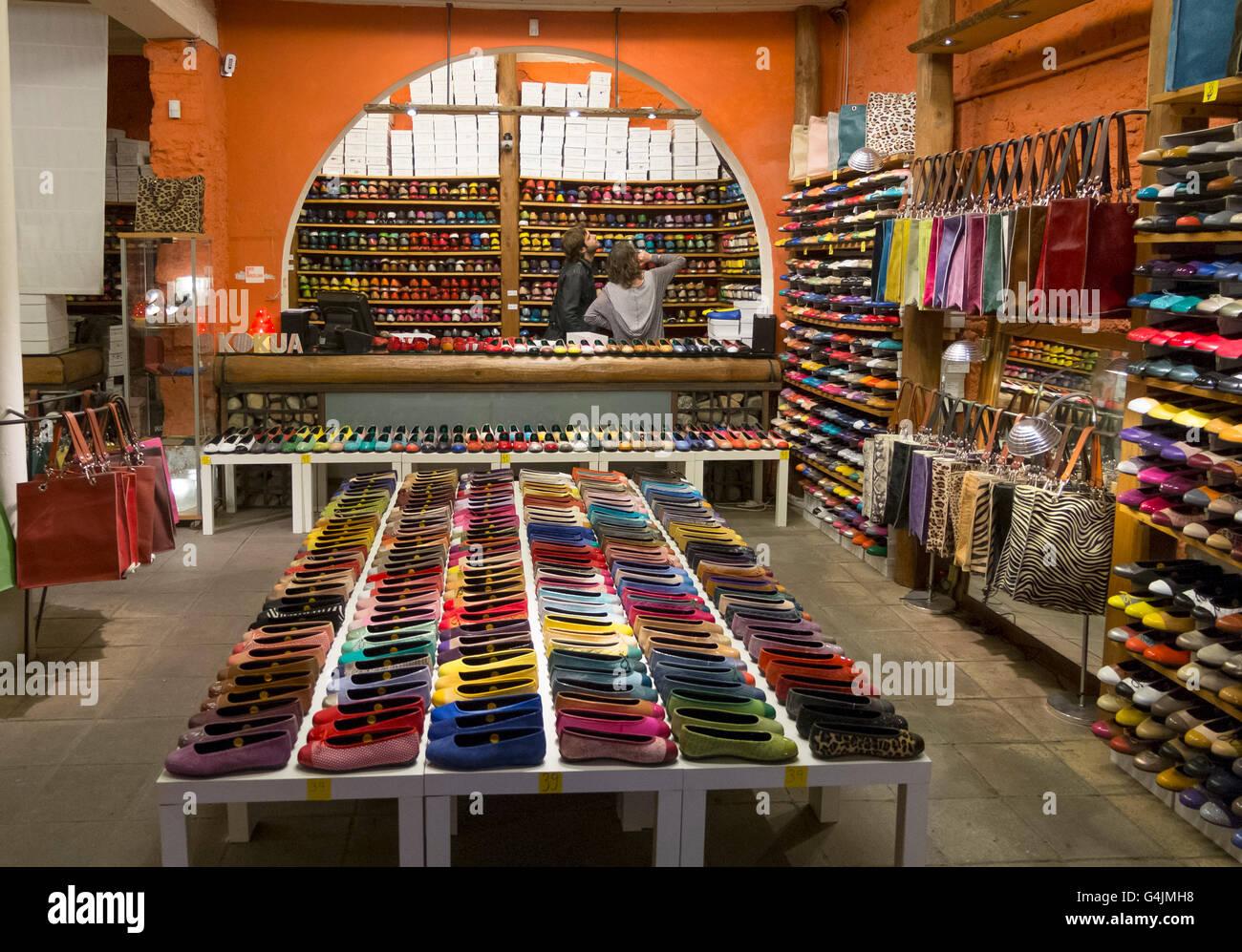 00ac9b3460e22 Barcelona Shoe Shop Stock Photos   Barcelona Shoe Shop Stock Images ...