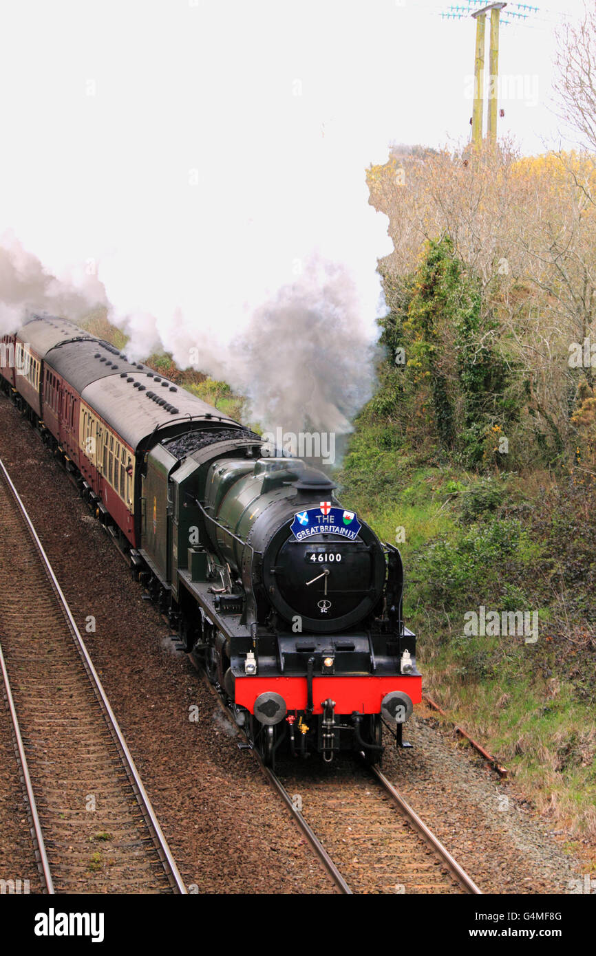 46100 'Royal Scot' hauls the Great Britain IX away from Par, Cornwall, on 27th April 2016, bound for Bristol. - Stock Image
