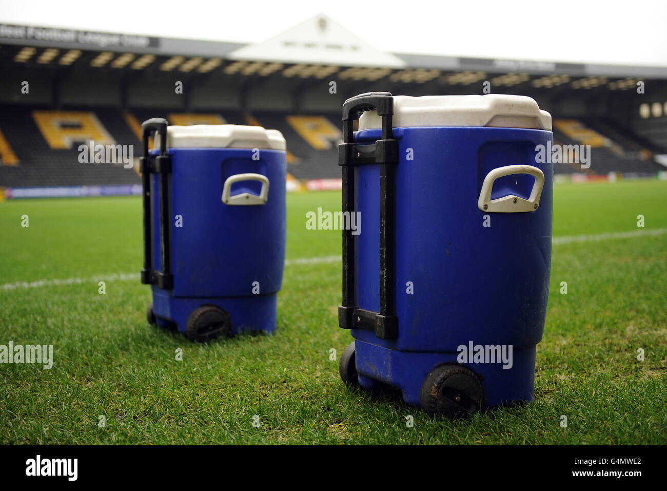 Soccer - npower Football League One - Notts County v Wycombe Wanderers - Meadow Lane Stock Photo