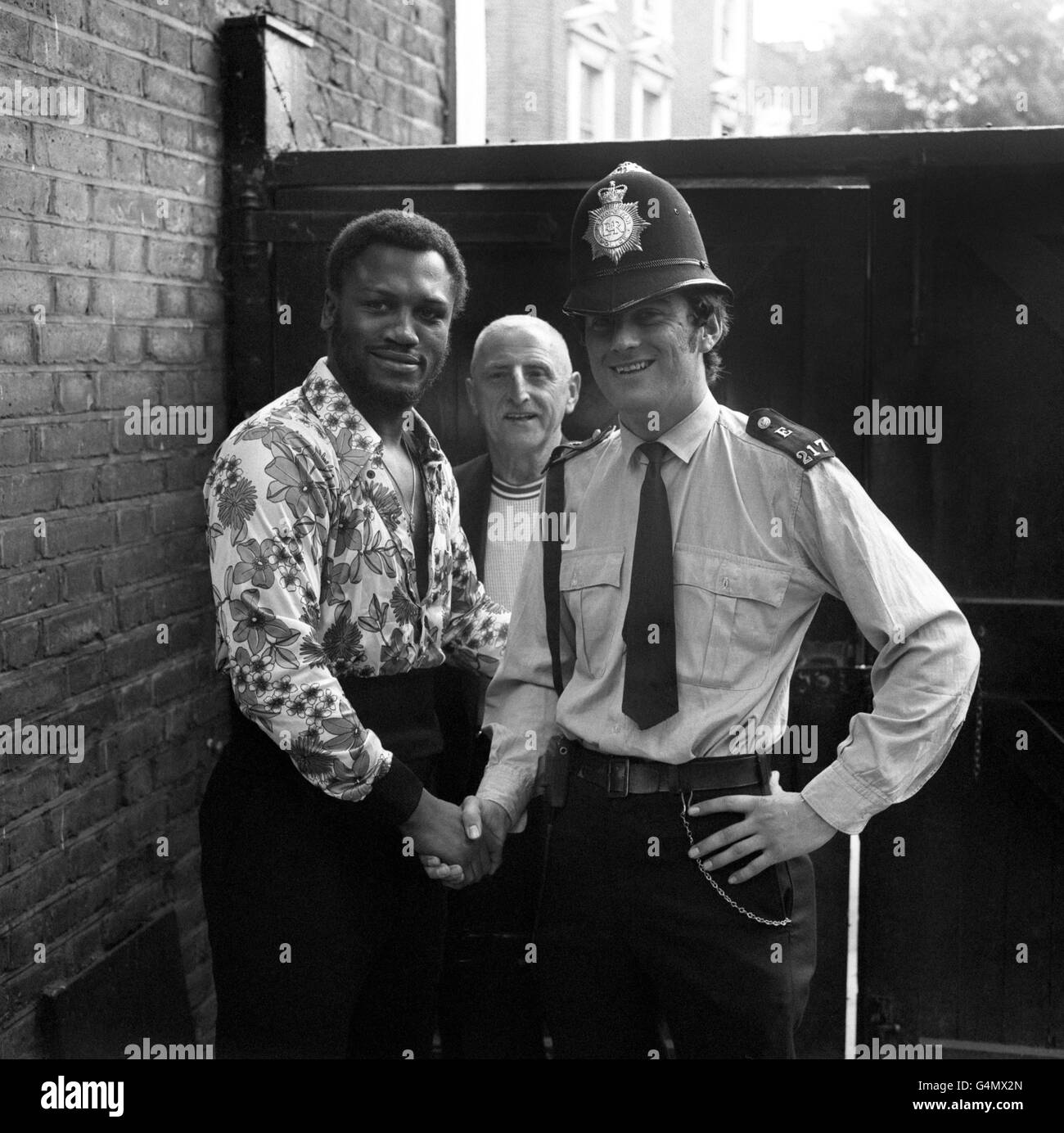 Boxing - Heavyweight - Joe Frazier v Joe Bugner - Joe Frazier Training - British Boxing Board of Control's Noble - Stock Image