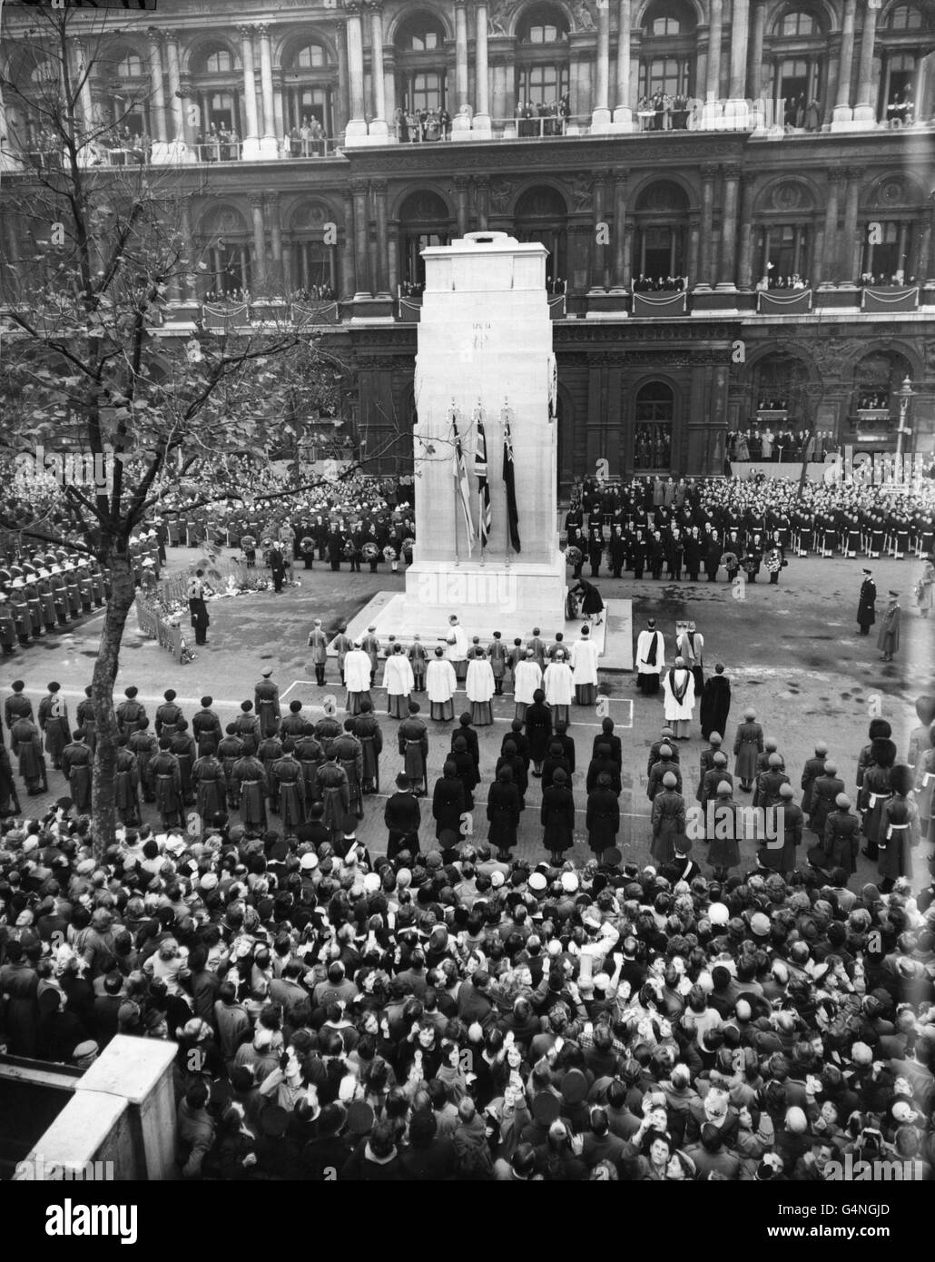 Royalty - Remembrance Sunday - Cenotaph, Whitehall, London - Stock Image