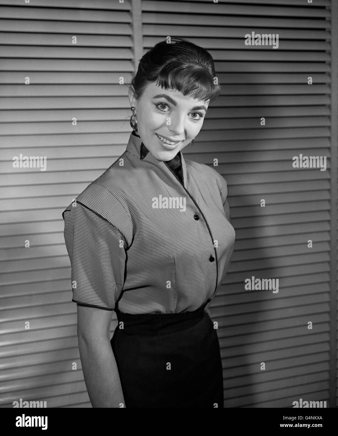 Film - Joan Collins - Fashion Show, London - Stock Image