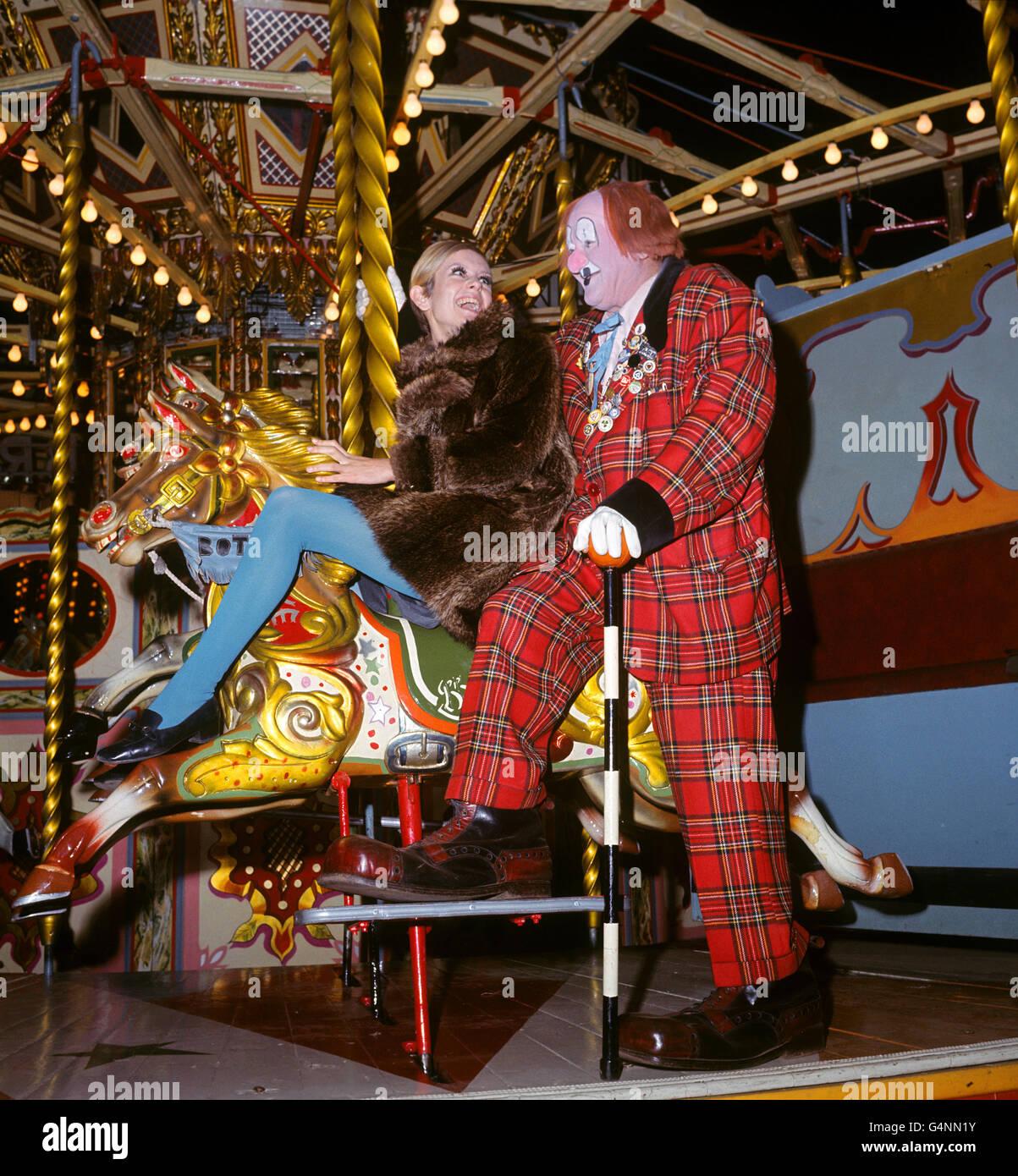 Fashion - Twiggy - Bertram Mills Circus Stock Photo