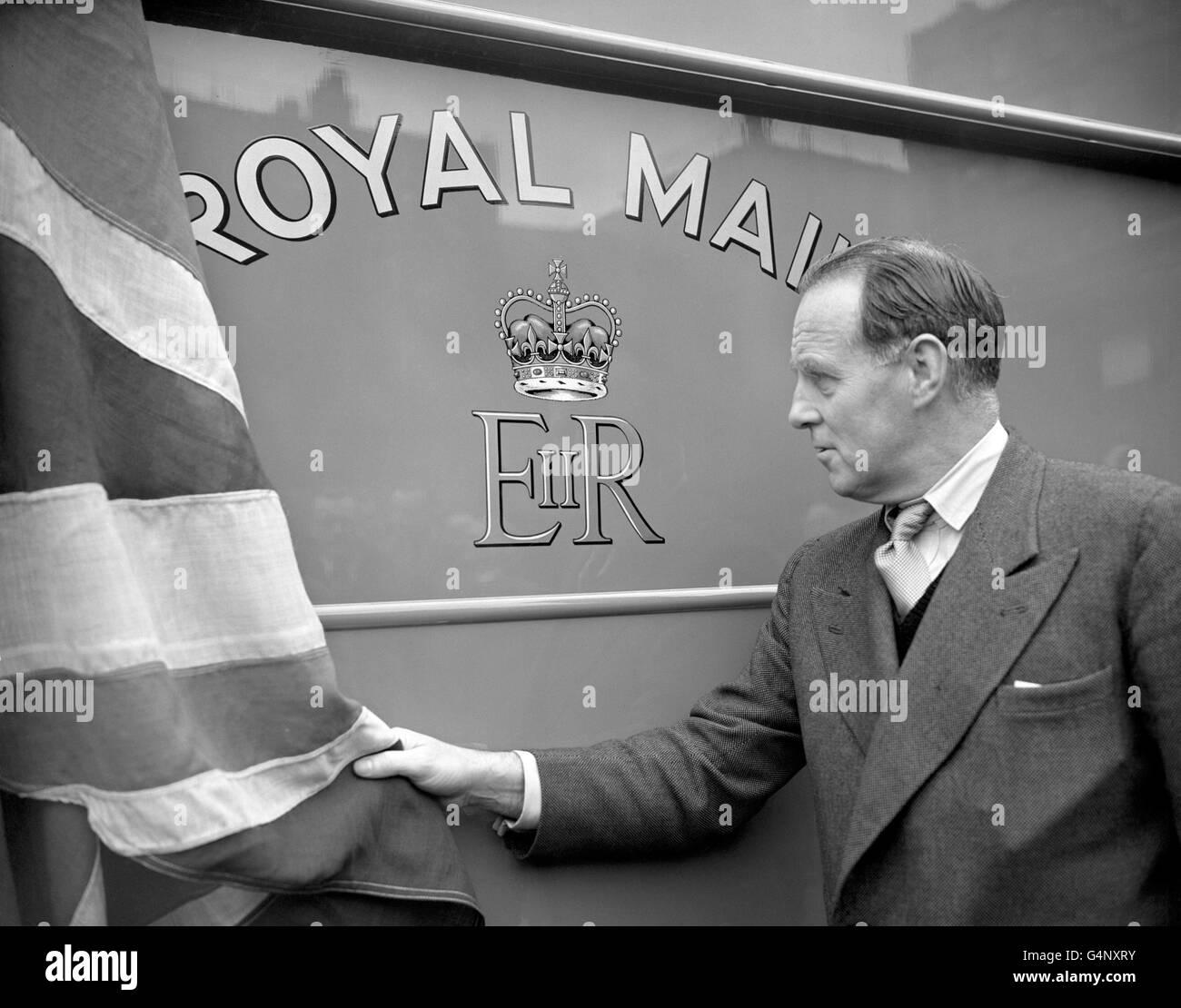 British Postal Service - Royal Mail - Royal Cypher - London - Stock Image
