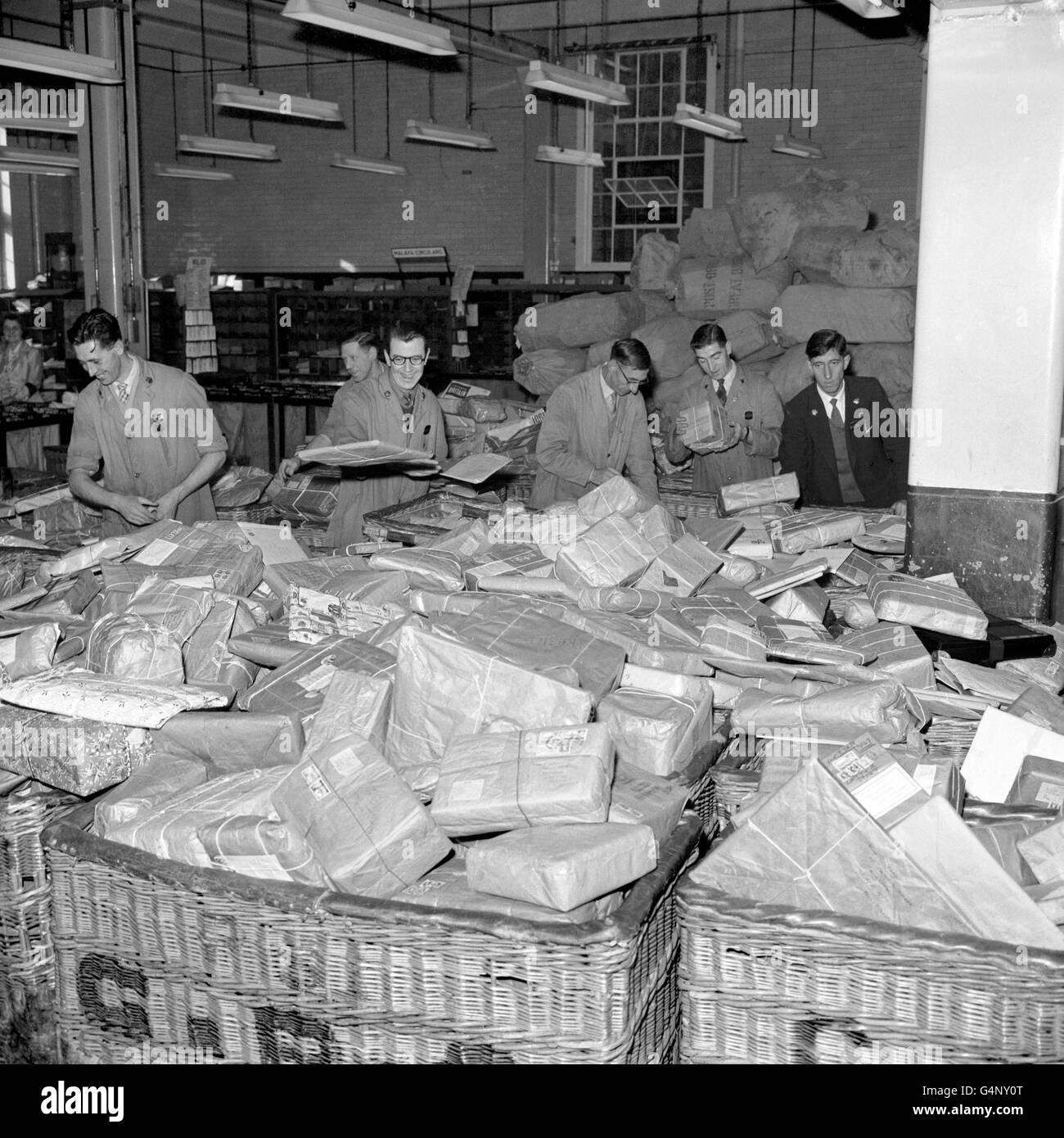 British Postal Service - Mail Sorting - London - Stock Image