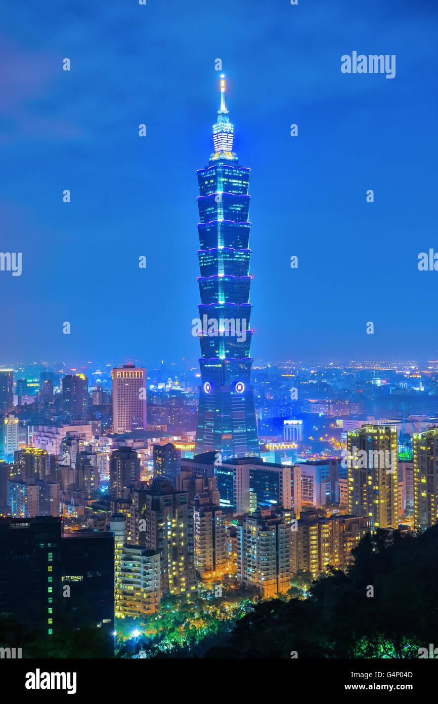 Taipei City at night in Taiwan. - Stock Image