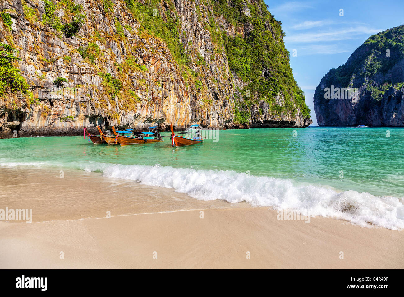 The famous beach of Maya on the island of Phi-Phi-Le in Thailand - Stock Image
