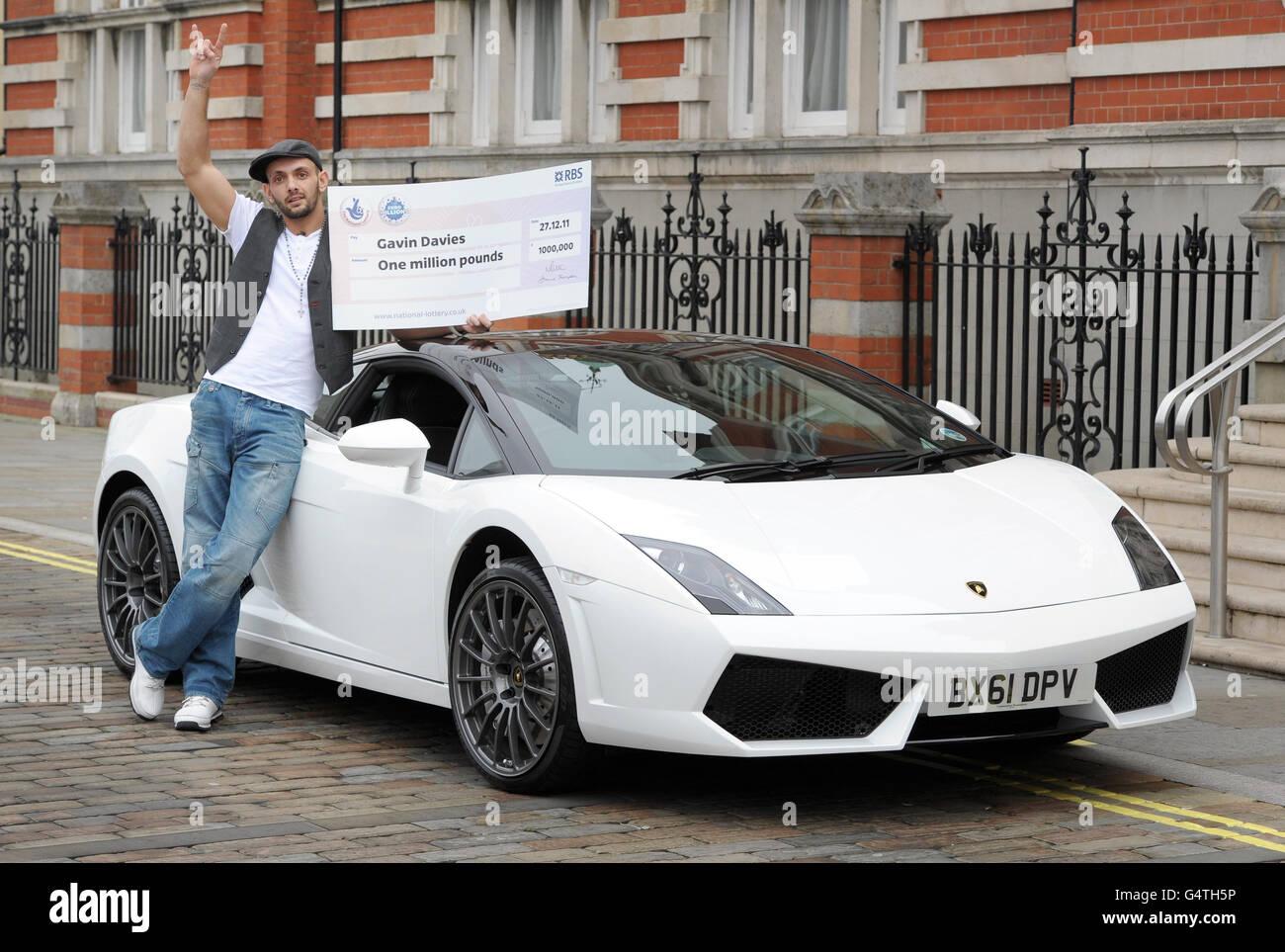 EuroMillions Millionaire Raffle winner Stock Photo: 106261170 - Alamy