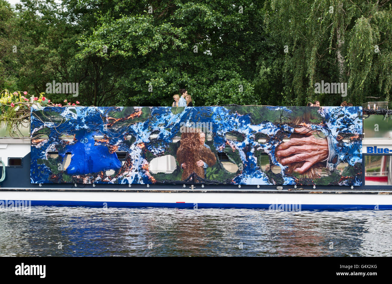 Berlin, Germany. As part of the Berlin Biennale, the Blue Star 'Art Boat' takes visitors on city cruises - Stock Image