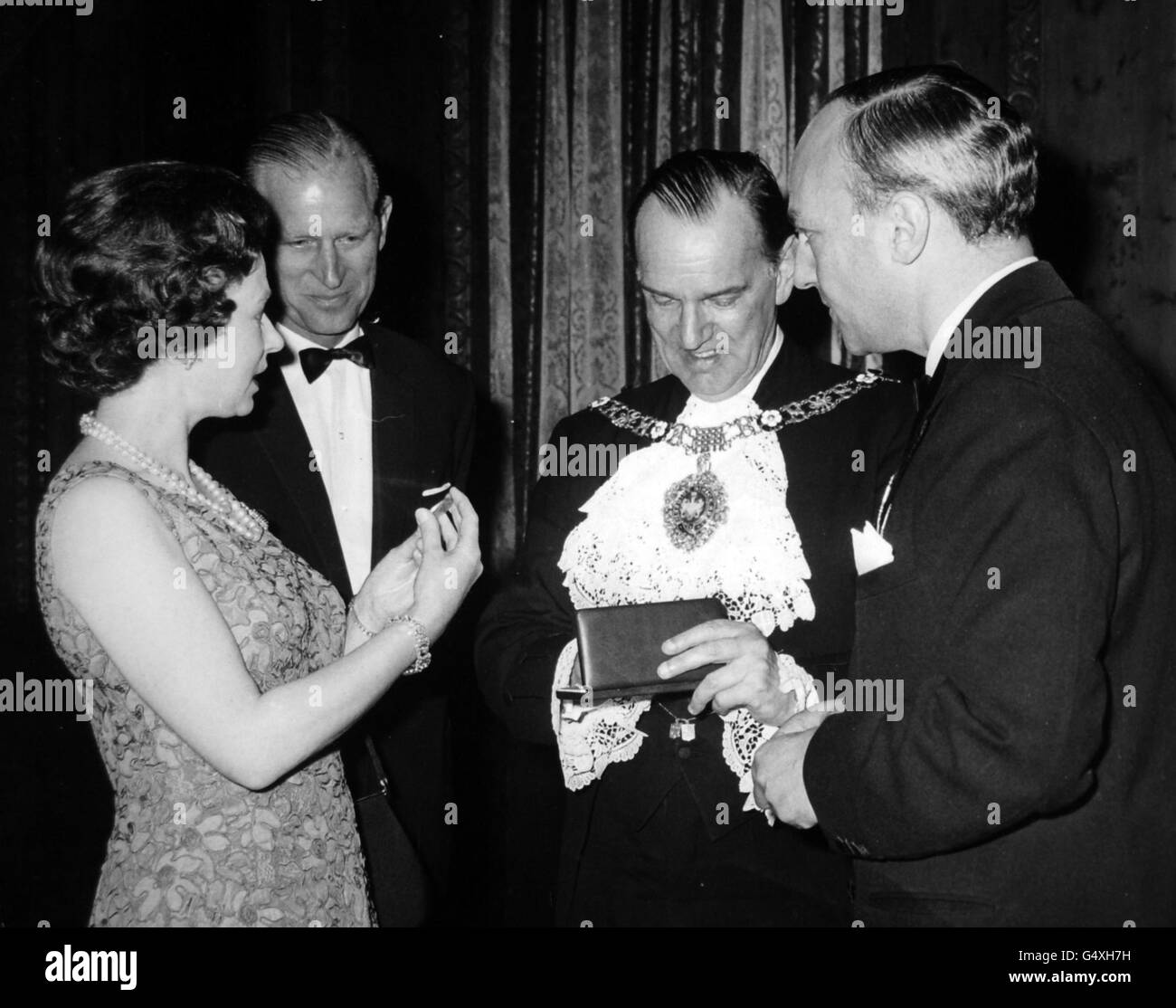 Royalty - Queen Elizabeth II - Church Music Trust, Mansion House, London - Stock Image