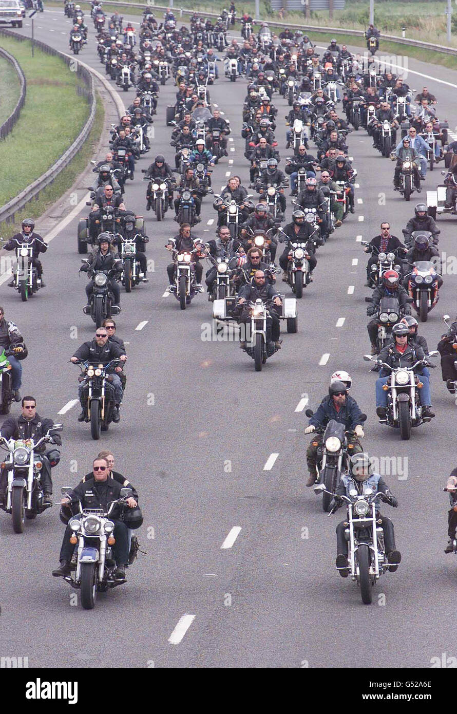 Hell's Angels Funeral Stock Photo: 106387414 - Alamy