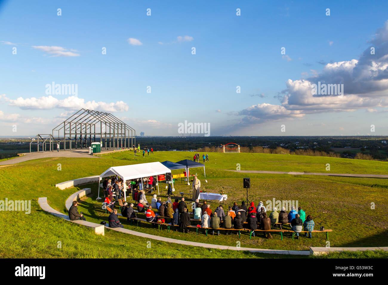 Halde Norddeutschland, a spoil tip, Neukirchen-Vluyn, Germany, Ruhr area, art installation Hallenhaus, open air - Stock Image