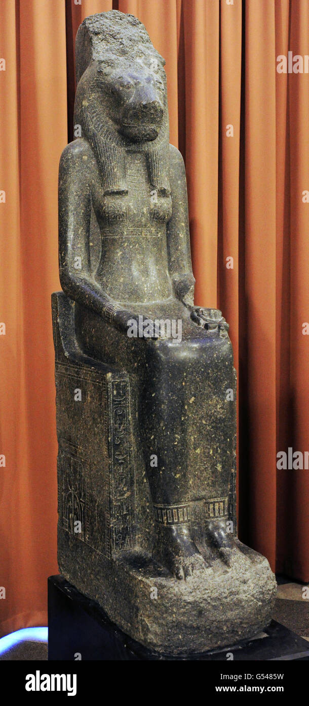 Statue of the Goddess Sekhmet-Mut. 14th c. BC. New kingdom, 18th Dynasty. Granite. The State Hermitage Museum. Saint Stock Photo