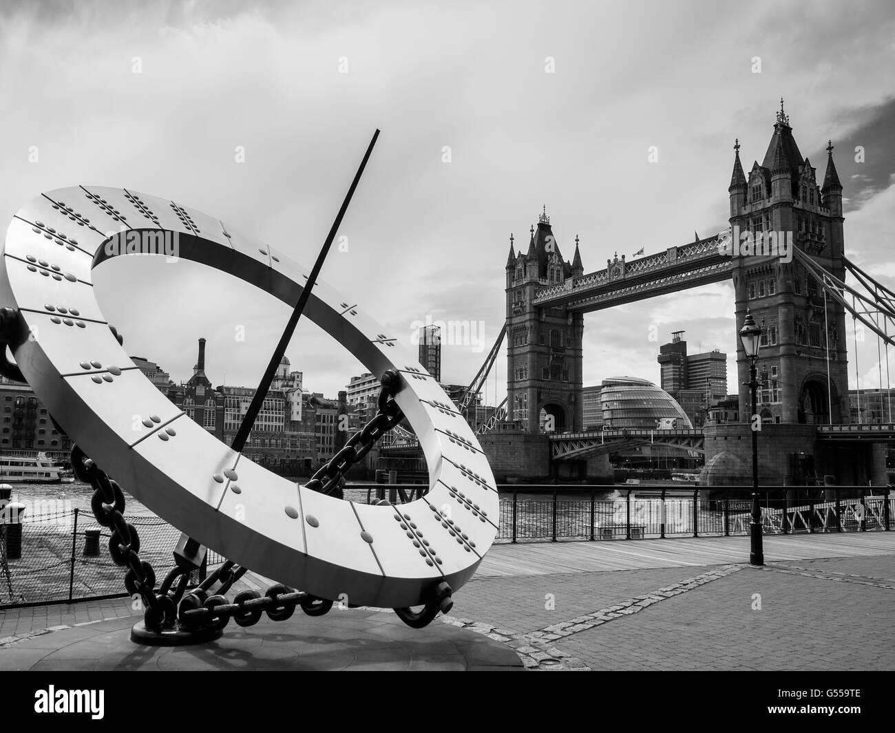 Sun Dial near Tower Bridge in London - Stock Image