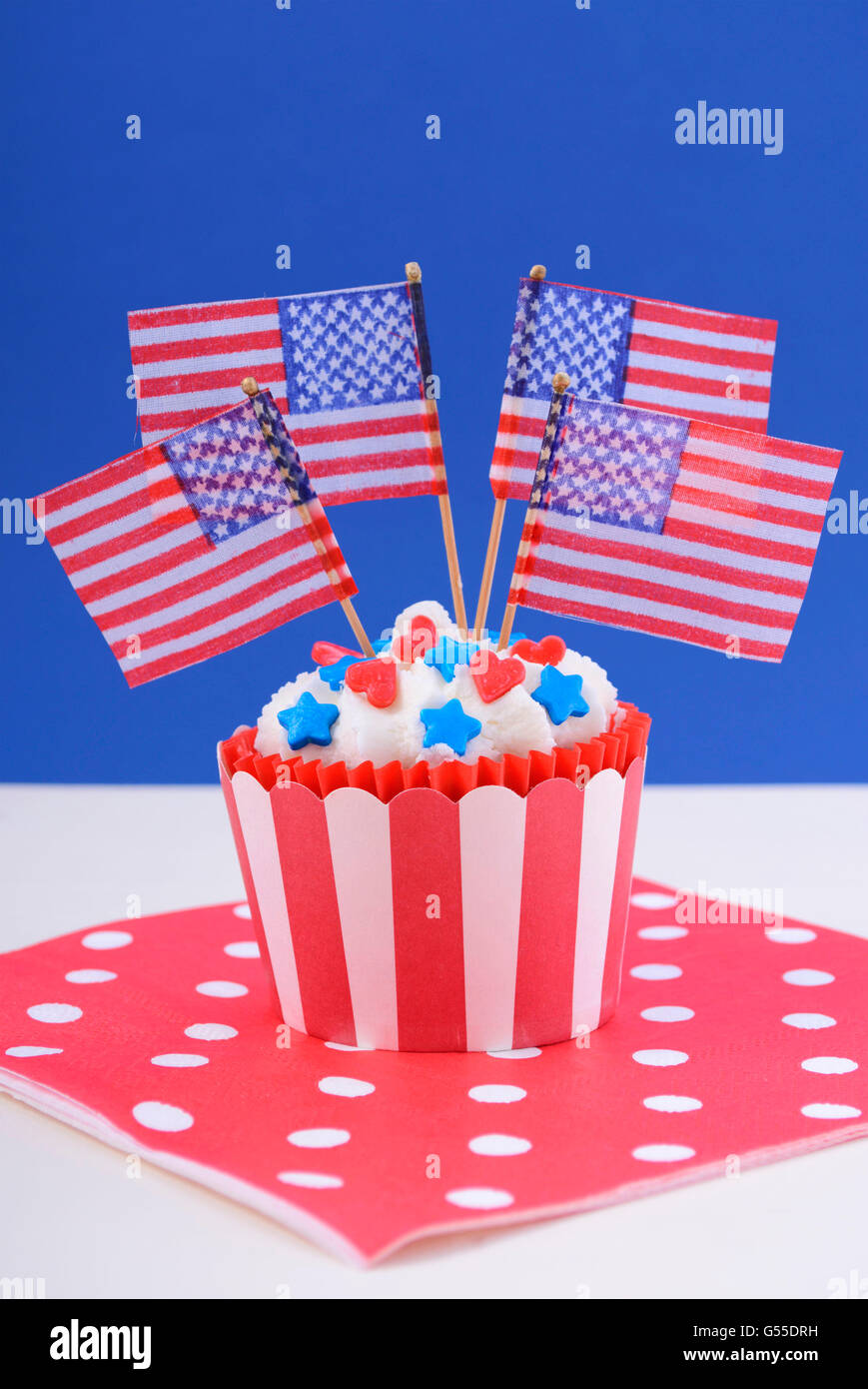 usa theme cupcake with red hearts and blue star candy decorations