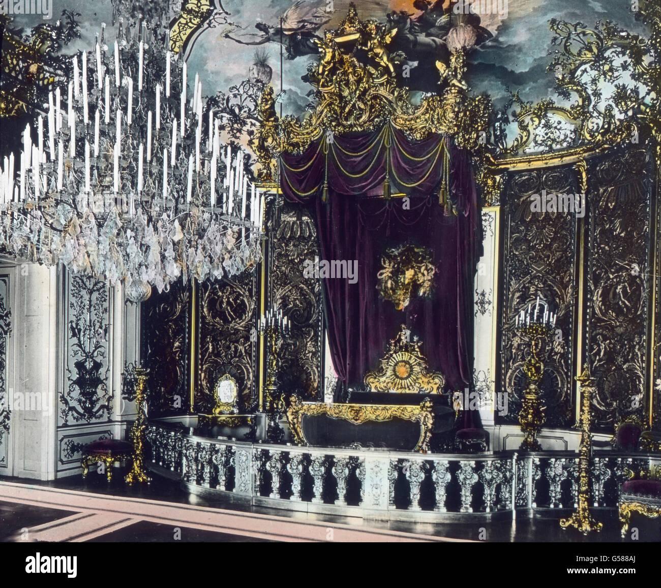 Die Spiegelgalerie In Schloss Linderhof Wurde In Den Letzten Stock Photo Alamy