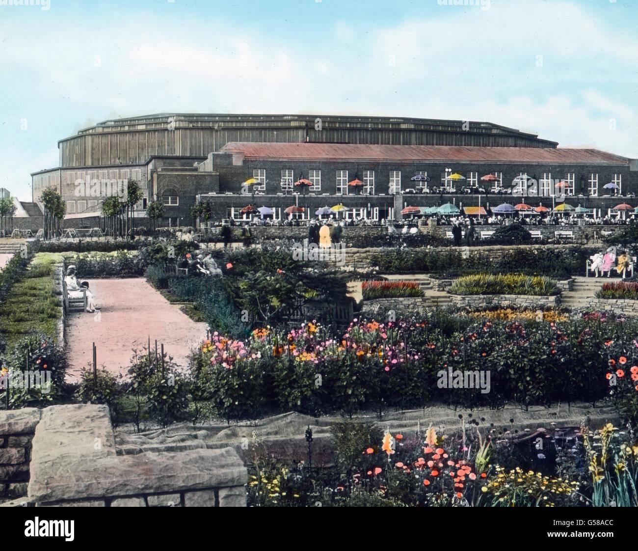 Eine Sehenswürdigkeit in Dortmund ist die Westfalenhalle, der größte Hallenbau Westdeutschlands, - Stock Image